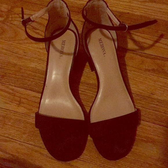 31830a83de5 Merona 1 inch black block heels 8.5 wide. M 5abaf807f9e5013c0596ad12